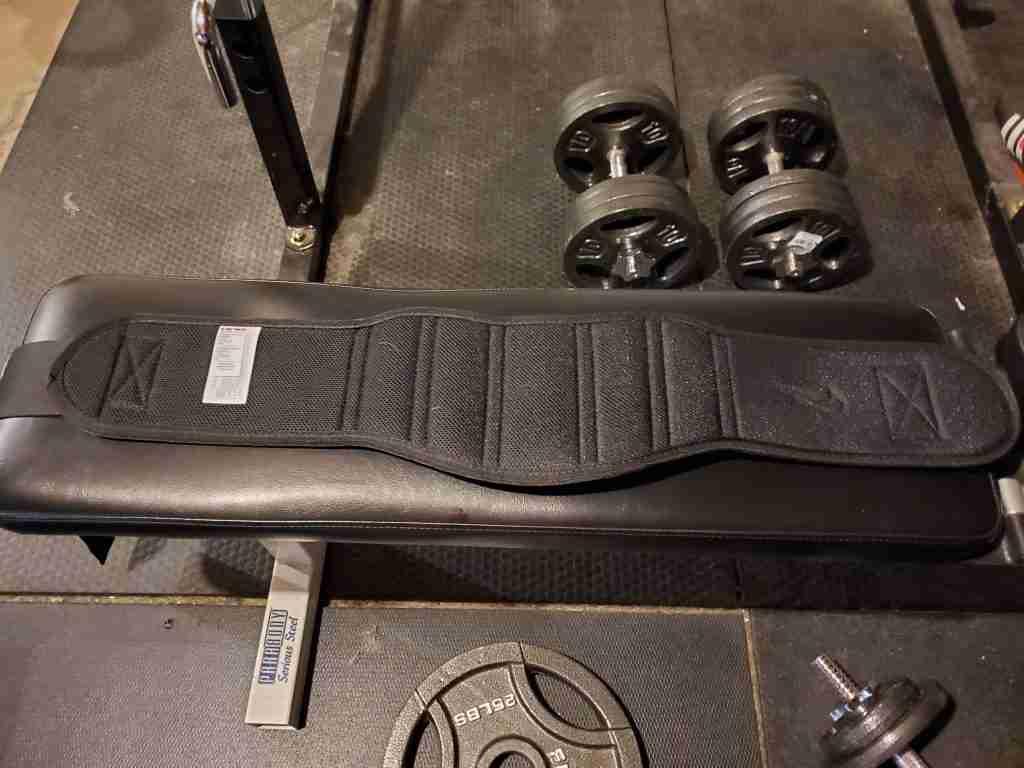 Nike structured training belt reverse image