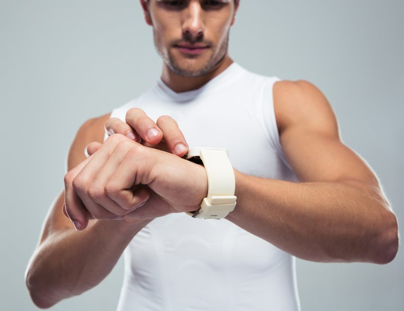 Fitness tracker sales statistics image